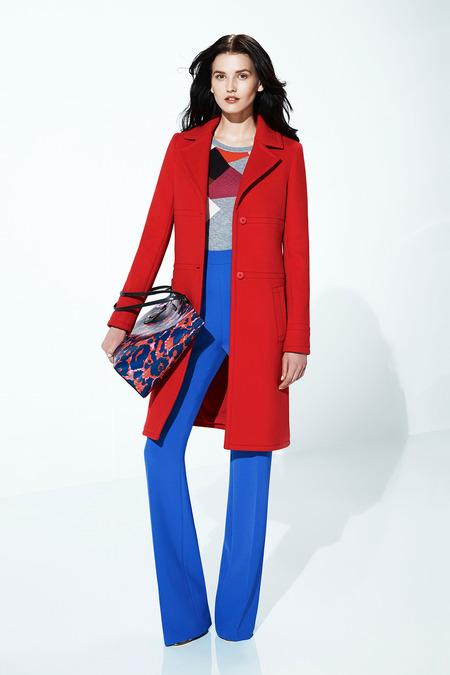 fd2adc4d7d553 O Resort 2015 de Diane Von Furstenberg tem o icônico vestido envelope da  label, longos ou mais curtos, calça reta fluída com cintura mais alta e  estampas ...