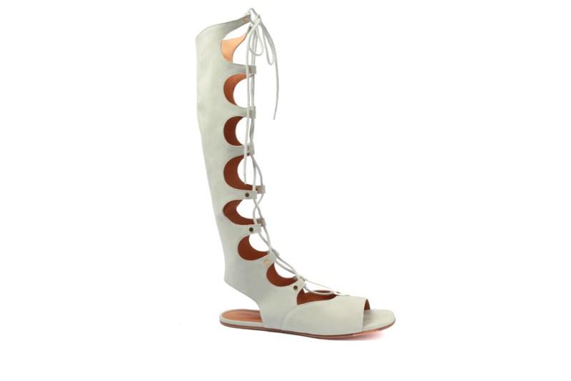 784923ea5 A Chloé lança linha de acessórios para o Verão 2015, repleta de  bolsas-desejo e lindas sandálias gladiadoras. Quero tudo!