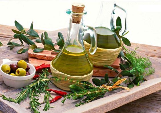 A dieta mediterrânea é considerada uma das dietas mais saudáveis do mundo!  Este tipo de dieta é tradição nos países banhados pelo Mar Mediterrâneo e8bc1b70a27