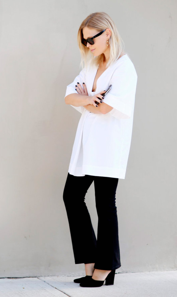 jessie-bush-calca-preta-camisa-branca-e-sapato-salto-bloco-preto-160811-030347