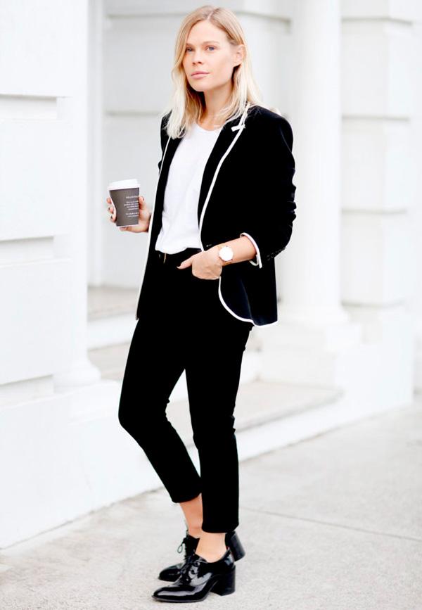 jessie-bush-calca-preta-camiseta-branca-blazer-preto-e-branco-oxford-verniz-preto-160811-030410